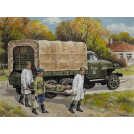 35513 1/35 Studebaker US6 with Soviet Medical Personnel